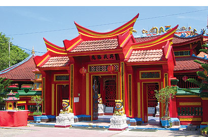 first Chinese temple in Bali, Caow Eng Bio