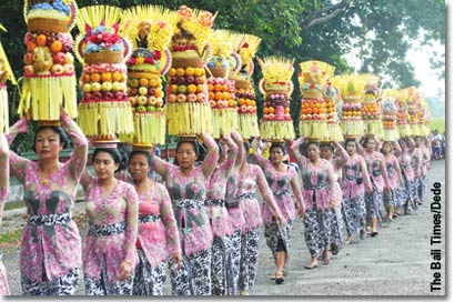 the-bali-times-procession.jpg