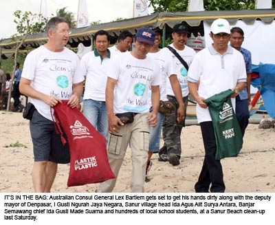 AUSCONGEN-Sanur-Clean-Up-Da