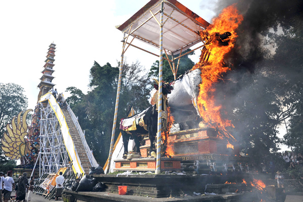 Ubud-cremation9-12